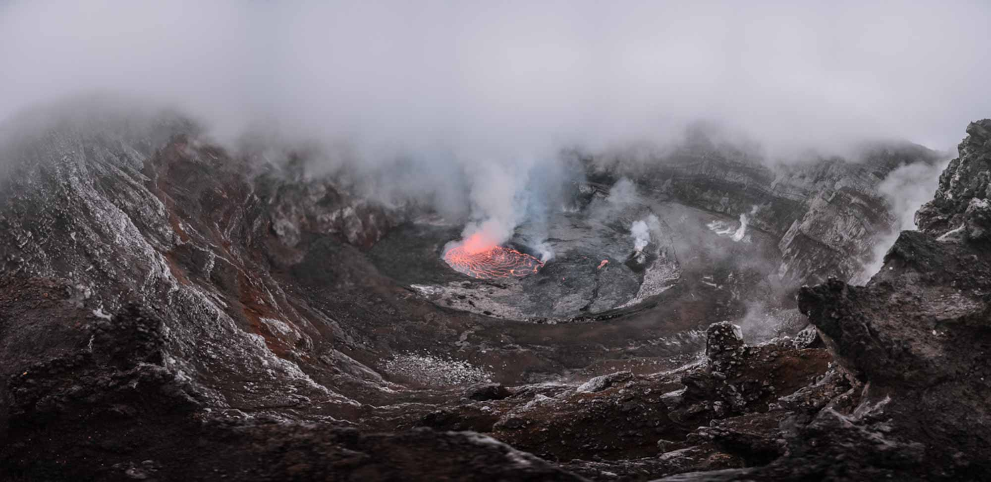 Congo Virunga Volcan Nyirangongo- Agencia de viajes Africaatumedida