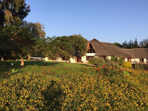 alojamiento hostal granja tanzania